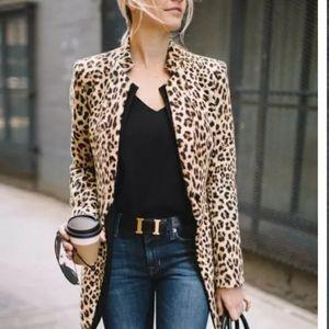 Foux fur leopard print fitted coat jacket